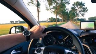 高齢者運転危険