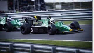 レースドライバー